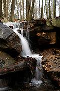 Belgische Ardennen vormen een bosrijk laaggebergte in oostelijk België (een groot deel van Wallonië). // Belgian Ardennes is a wooded low mountains in eastern Belgium (a large part of Wallonia).<br /> <br /> Op de foto / On the photo: Waterval / Waterfall near Source Géronstère Bron<br />  Spa was tot ongeveer 1980 het belangrijkste toeristische centrum van de Ardennen. De geneeskrachtige werking van het ijzer- en koolzuurhoudend water was al in de 16e eeuw bekend. In 1764 werd de eerste badinrichting gebouwd en kreeg de stad bekendheid als kuuroord. /// Spa was until about 1980 the main tourist center of the Ardennes. The medicinal properties of the iron and carbonated water was already known in the 16th century. In 1764 the first bathhouse was built and was known as a spa town.