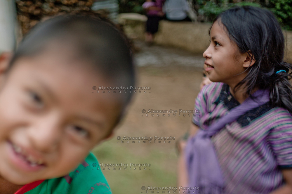 Children refugees in Acteal community, Chiapas.<br /> Niños desplazados