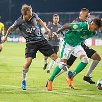 12.09.2020, Ernst-Abbe-Sportfeld, Jena, GER, DFB-Pokal, 1. Runde, FC Carl Zeiss Jena vs SV Werder Bremen<br /> <br /> <br /> René Lange (Carl Zeiss Jena #20) Davie Selke  (SV Werder Bremen #09)<br /> <br />  <br /> <br /> <br /> Foto © nordphoto / Kokenge