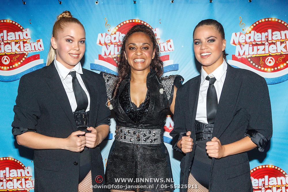 NLD/Aalsmeer/20150509 - Opname Nederland Muziekland, Nakatomi, Rachel Spier en danseressen