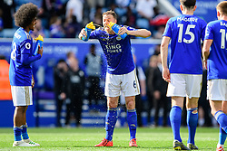 May 12, 2019 - Leicester, England, United Kingdom - Leicester City defender Jonny Evans (6) takes on fluids after the full time whistle during the Premier League match between Leicester City and Chelsea at the King Power Stadium, Leicester on Sunday 12th May 2019. (Credit Image: © Mi News/NurPhoto via ZUMA Press)
