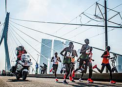 07-04-2019 NED: 39e NN Rotterdam Marathon, Rotterdam<br /> 27 km Rotterdam marathon at the foot of the Erasmus Bridge. The winner kenyan Marius Kipserem (right) and Abdi Nageeye (5th) during the NN marathon of Rotterdam.