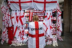 2021_07_10_ENGLAND_EURO2020_REVELLERS_LNP