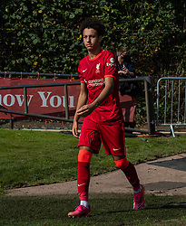 LIVERPOOL, ENGLAND - Wednesday, September 15, 2021: Liverpool's Kaide Gordon walks out for the second half during the UEFA Youth League Group B Matchday 1 game between Liverpool FC Under19's and AC Milan Under 19's at the Liverpool Academy. Liverpool won 1-0. (Pic by David Rawcliffe/Propaganda)