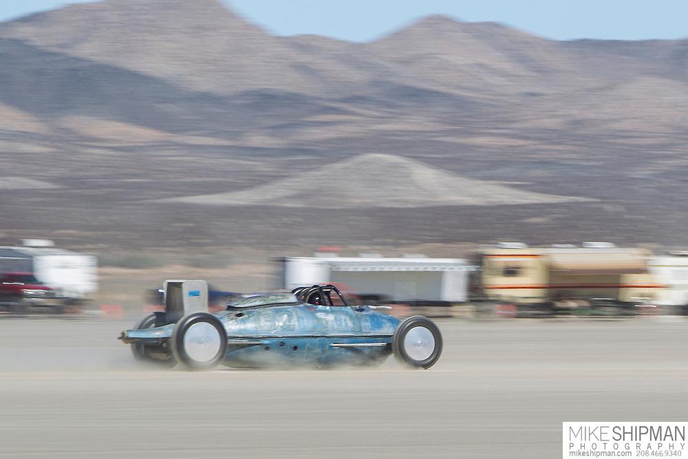 Erik Hansson, 132, eng V4, body BGL, driver Ruth Lundring, 194.161 mph, previous record 180.000