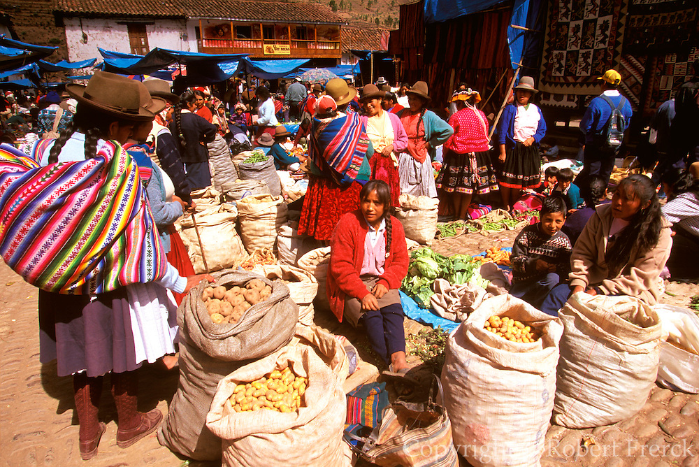 PERU, HIGHLANDS, MARKETS Pisac; famous produce and craft market