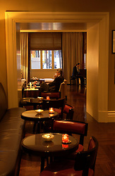 The well appointed lounge at the newly renovated Hotel Amigo, in Brussels. (Photo © Jock Fistick)