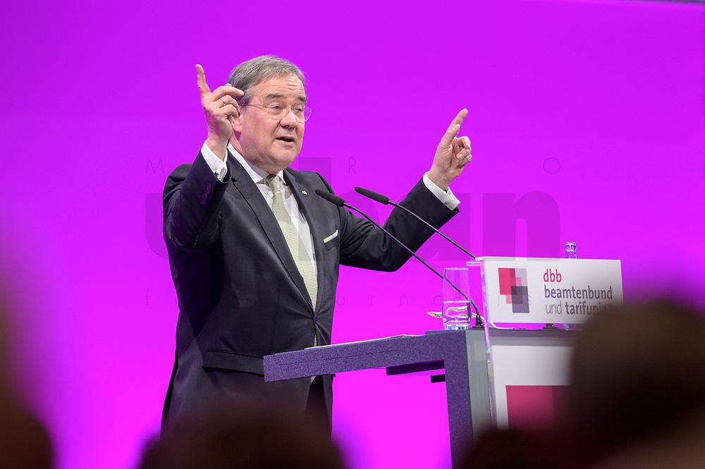 06 JAN 2020, KOELN/GERMANY:<br /> Armin Laschet, CDU, Ministerpraesident Nordrhein-Westfalen, haelt eine Rede, dbb Jahrestagung, Koeln Messe<br /> IMAGE: 20200106-01-238