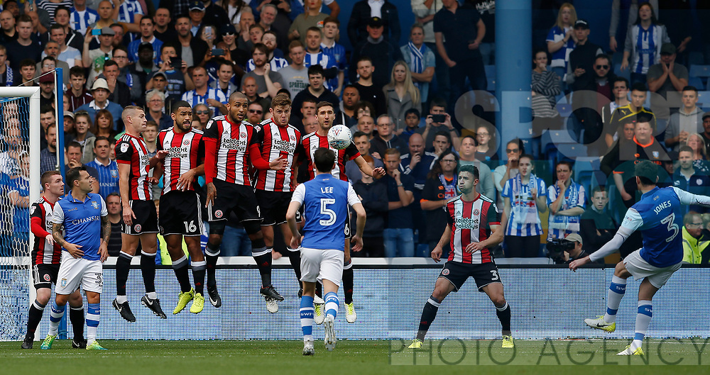 Sheffield Utd wall holds firm against a David Jones of Sheffield Wednesday free kick during the Championship match at the Hillsborough Stadium, Sheffield. Picture date 24th September 2017. Picture credit should read: Simon Bellis/Sportimage