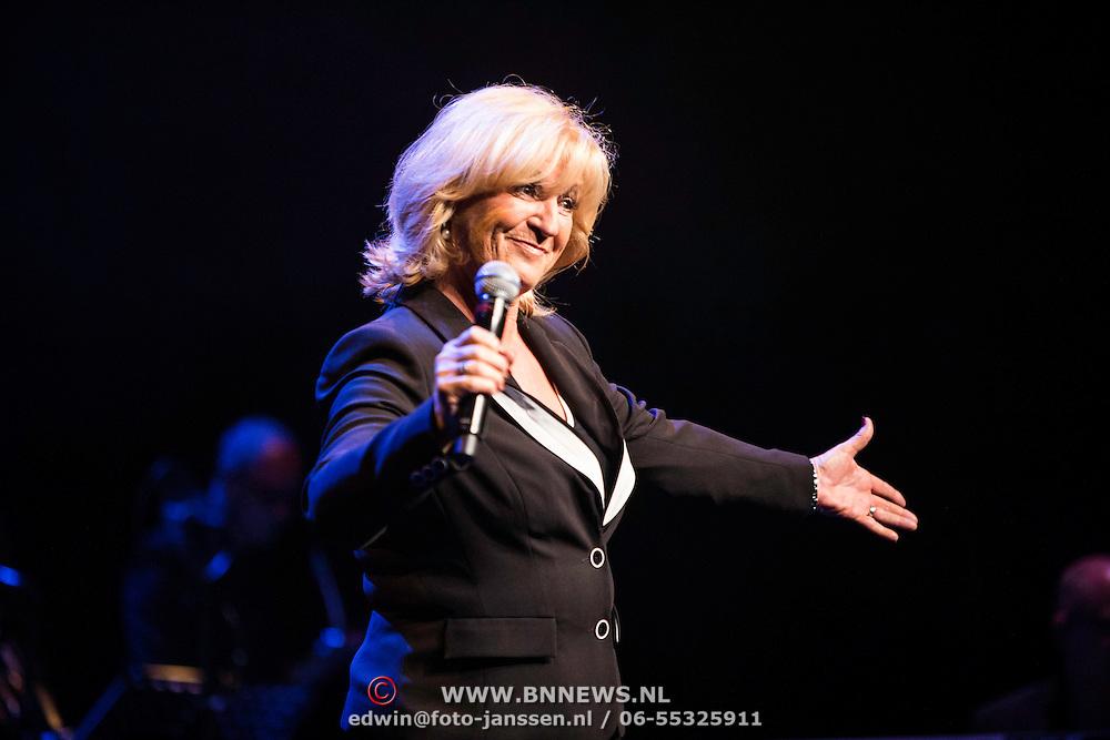 NLD/Laren/20140512 - Anita Meijer ontvangt de Radio 5 Nostalgia Ouevreprijs , Anita Meijer