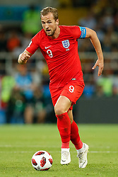 July 3, 2018 - Moscou, Rússia - MOSCOU, MO - 03.07.2018: COLOMBIA VS ENGLAND - Harry Kane of England during a match between Colombia and England valid for the eighth finals of the 2018 World Cup finals, held at the Otkrytie Arena in Moscow, Russia. (Credit Image: © Marcelo Machado De Melo/Fotoarena via ZUMA Press)