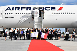 PARIS, Sept. 15, 2017  The delegation members pose for photos in Paris, France on Sept. 15, 2017. The delegation of the Paris 2024 returned to Paris on Friday. The International Olympic Committee (IOC) voted Wednesday in Lima for French capital Paris to host the 2024 Summer Olympic Games and Los Angeles of the United States the 2028 Games.   wll) (Credit Image: © Chen Yichen/Xinhua via ZUMA Wire)