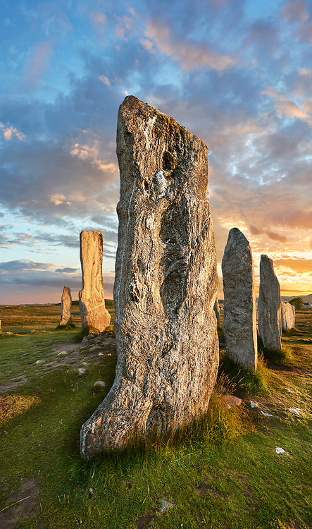 .Calanais Neolithic Standing Stone (Tursachan Chalanais) , Isle of Lewis, Outer Hebrides, Scotland. .<br /> <br /> Visit our SCOTLAND HISTORIC PLACXES PHOTO COLLECTIONS for more photos to download or buy as wall art prints https://funkystock.photoshelter.com/gallery-collection/Images-of-Scotland-Scotish-Historic-Places-Pictures-Photos/C0000eJg00xiv_iQ<br /> '<br /> Visit our PREHISTORIC PLACES PHOTO COLLECTIONS for more  photos to download or buy as prints https://funkystock.photoshelter.com/gallery-collection/Prehistoric-Neolithic-Sites-Art-Artefacts-Pictures-Photos/C0000tfxw63zrUT4