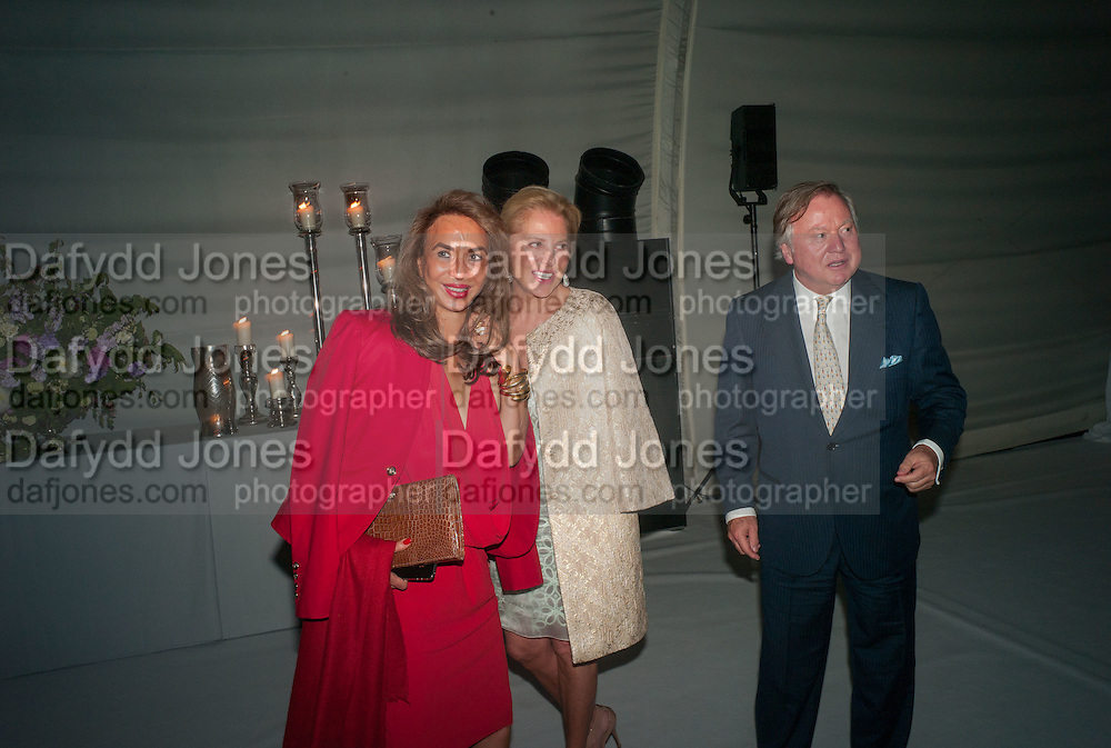 PARMESH GODREJ; EVA O'NEILL; SIR ANTONY BAMFORD, CARTIER CHELSEA FLOWER SHOW DINNER Dinner hosted by Cartier in celebration of the Chelsea Flower Show was held at Battersea Power Station. 22 May 2012