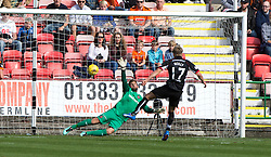 Dundee United's keeper Cammy Bell saves Dunfermline's Gavin Reilly first penalty. half time : Dunfermline 0 v 1  United, Scottish Championship game played 10/9/2016 at East End Park.
