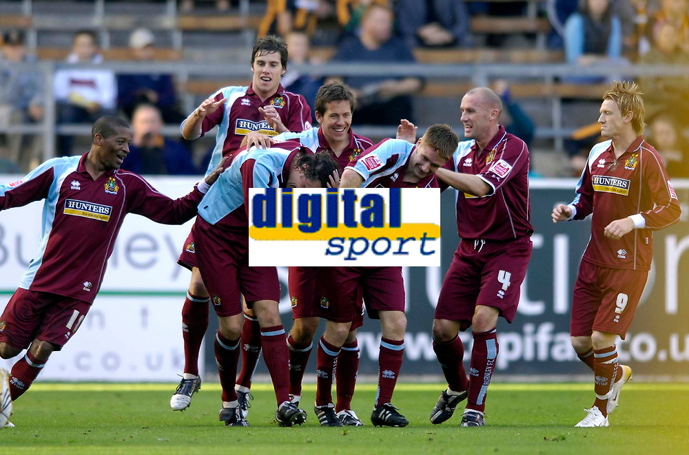 Photo: Jed Wee.<br />Burnley v Hull. Coca Cola Championship. 14/10/2006.<br /><br />Burnley celebrate with goalscorer Michael Duff (3rd, L).