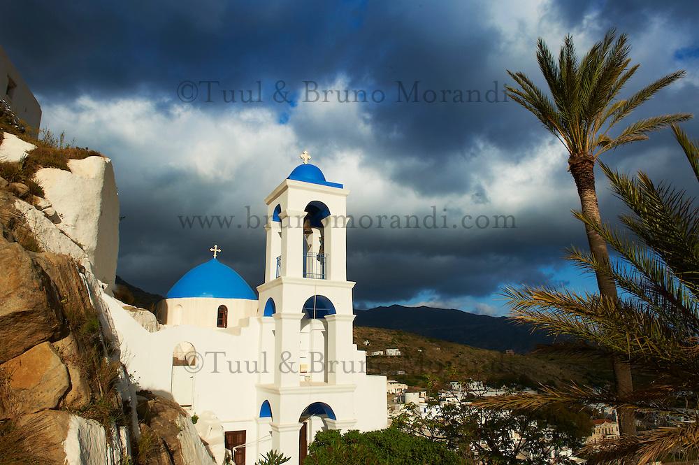 Grece, les Cyclades, Iles Egéennes,  ile de Ios, Hora, eglise au palmier // Greece, Cyclades, Ios island, Palm tree church