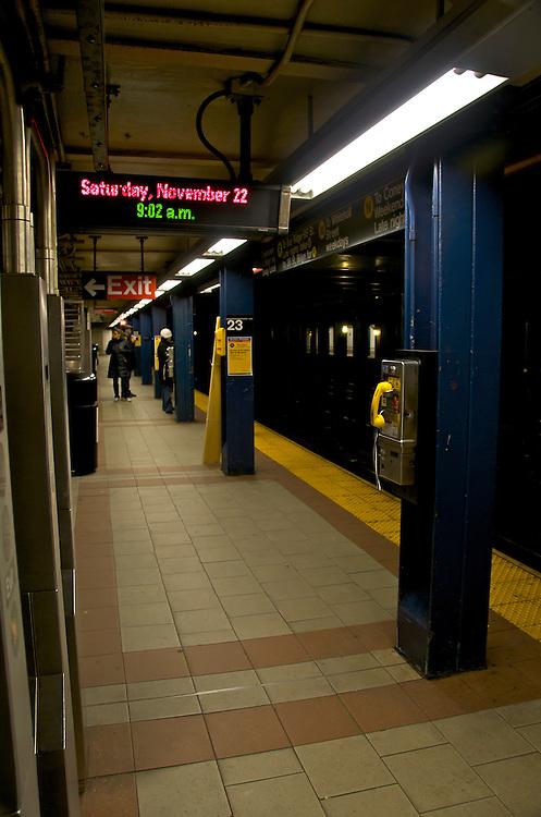 Subway station in Manhattan, New York, November 2008