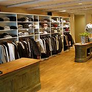 Modezaak Pliable Nieuwstraat Laren int