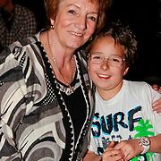 NLD/Utrecht/20110330 - Persconferentie Frans Bauer ivm nieuwe dvd en Ahoy concerten, moeder Wies en kleinzoon Christiaan