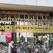 NLD/Amsterdam20151113 - Bord Financieel Dagblad in Amsterdam,