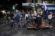20210922/ Daniel Rodriguez - adhocFOTOS/ URUGUAY/ MONTEVIDEO/ CENTRO/ Marcha por el Dia Mundial sin Automoviles por el centro, Montevideo.<br /> En la foto: Marcha por el Dia Mundial sin Automoviles por el centro, Montevideo. Foto: Daniel Rodriguez /adhocFOTOS
