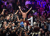 May 2.2015. Las Vegas NV. Manny Pacquiao thanks his fans after going 12 rounds with Floyd Mayweather Jr. Saturday at the MGM Grand Hotel. Floyd Mayweather Jr. took the win by  unanimous decision over Manny Pacquiao in Las Vegas.<br /> Photo by Gene Blevins/LA Daily News