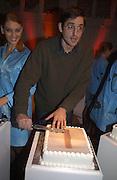Louis Theroux. Launch B.B.C. Four, Fashion St. London. © Copyright Photograph by Dafydd Jones 66 Stockwell Park Rd. London SW9 0DA Tel 020 7733 0108 www.dafjones.com
