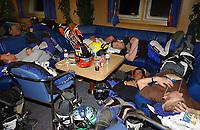 Motor<br /> Paris Dakar 2004<br /> Foto: Digitalsport<br /> Norway Only<br /> <br /> AMBIANCE MOTO DRIVERS<br /> DRIVER FUNNY