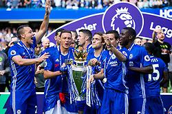 Nemanja Matic and Cesar Azpilicueta lift the trophy as Chelsea celebrate winning the 2016/17 Premier League - Rogan Thomson/JMP - 21/05/2017 - FOOTBALL - Stamford Bridge - London, England - Chelsea v Sunderland - Premier League..