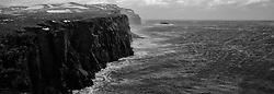 Storm and surf at the coastline in Grimsey, north of Iceland - Stormur og öldur við ströndina  í Grímsey