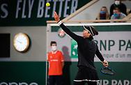Garbine Muguruza of Spain in action against Danielle Collins of the United States during the third round at the Roland Garros 2020, Grand Slam tennis tournament, on October 3, 2020 at Roland Garros stadium in Paris, France - Photo Rob Prange / Spain ProSportsImages / DPPI / ProSportsImages / DPPI