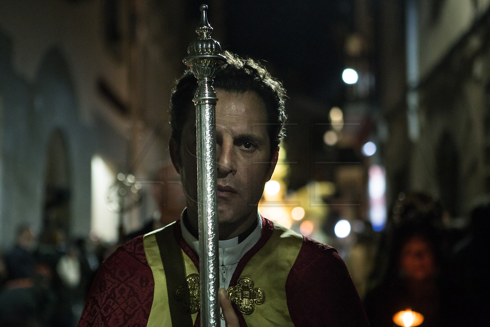 A priest in the General Procession of Good Friday considered<br /> Cultural Heritage of Mataró city (Barcelona, Spain) since 2013.  Easter 2015. Eva Parey/4SEE.