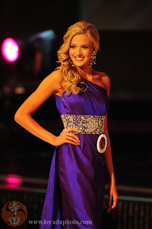 """November 22, 2009; Rancho Mirage, CA, USA; Miss Rancho Jamul Teen USA Alexis Swanstrom showcases her evening gown during the top 10 third round of the Miss California Teen USA 2010 Pageant at """"The Show"""" at the Agua Caliente Resort & Spa. Mandatory Credit: Kyle Terada-Terada Photo"""