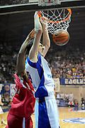 DESCRIZIONE : Desio Eurolega 2011-12 Bennet Cantu Olympiacos Piraeus<br /> GIOCATORE : Giorgi Shermadini<br /> CATEGORIA : schiacciata<br /> SQUADRA : Bennet Cantu<br /> EVENTO : Eurolega 2011-2012<br /> GARA : Bennet Cantu Olympiacos Piraeus<br /> DATA : 09/11/2011<br /> SPORT : Pallacanestro <br /> AUTORE : Agenzia Ciamillo-Castoria/GiulioCiamillo<br /> Galleria : Eurolega 2011-2012<br /> Fotonotizia : Desio Eurolega 2011-12 Bennet Cantu Olympiacos Piraeus<br /> Predefinita :