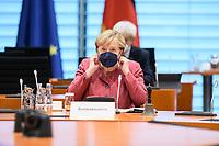 01 SEP 2021, BERLIN/GERMANY:<br /> Angela Merkel, CDU, Bundeskanzlerin, vor Beginn der Kabinettsitzung, Internationaler Konferenzsaal, Bundeskanzleramt<br /> IMAGE: 20210901-01-036<br /> KEYWORDS: Covid-19, Corona, Maske, Mundschutz