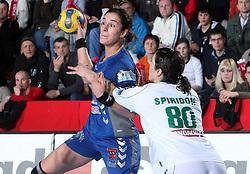 Sanja Damjanovic vs Simona Spiridon at EHF Champions league handball match in Group II between RK Krim Mercator and Gyori Audi Eto KC, on February 7, 2009, in Kodeljevo, Ljubljana, Slovenia. Gyori won 35:31. (Photo by Vid Ponikvar / Sportida)