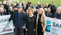 London, March 7th 2017. Public figures including Juliet Stevenson, Toby Jones, Rhys Ifans, Joely RIchardson and Vanessa Redgrave, faith leaders from the Jewish and Christian communities, MPs and Lord Dubs gather at Parliament to appeal to MPs to re-consult with local authorities to save the 'Dubs Scheme', to accommodate vulnerable refugee children from Europe. PICTURED: PICTURED: Rhys Ifans, Juliet Stevenson and Joely Richardson join campaigners in Parliament Square