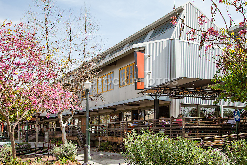 Claremont Village Square Shops and Dining in Claremont California