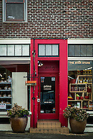 Prima Bistro in Langley, Washington is one of my favorite restaurants on Whidbey Island. The door to the restaurant beckons.