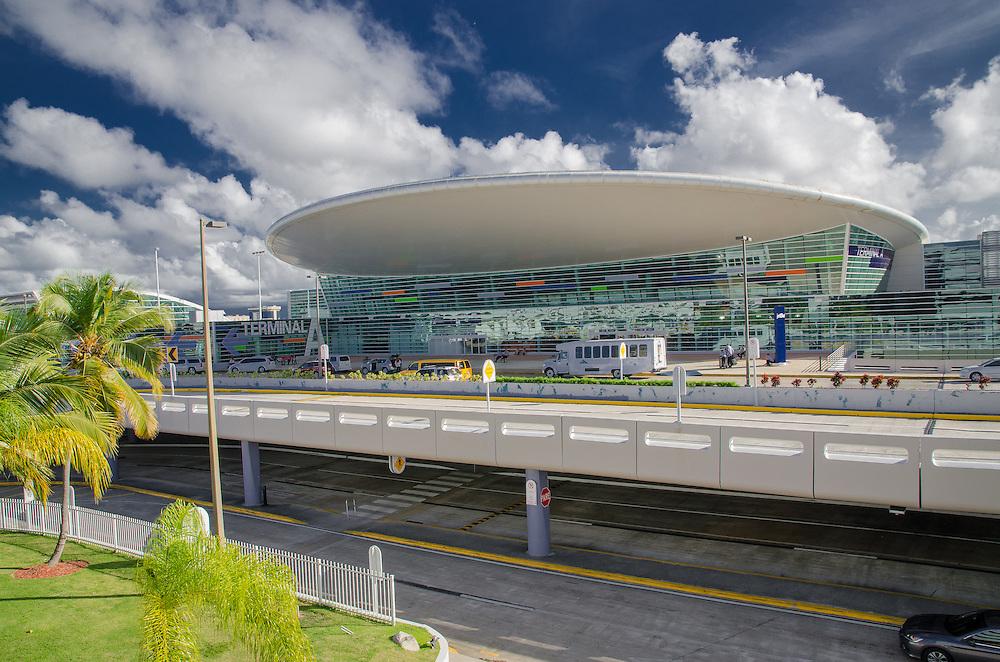 2015-01-19-Carolina, Puerto Rico- Aeropuerto Internacional Luis Munoz Marin en Carolina (San Juan) Puerto Rico (SJU).