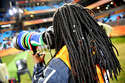 19.06.2010, Loftus Versfeld Stadium, Pretoria, RSA, FIFA WM 2010, Cameroon (CMR) vs Denmark (DEN), im Bild Fotografa del Camerun, Fotograf aus Kamerun,.EXPA Pictures © 2010, PhotoCredit: EXPA/ InsideFoto/ Giorgio Perottino +++ for AUT and SLO only +++ / SPORTIDA PHOTO AGENCY