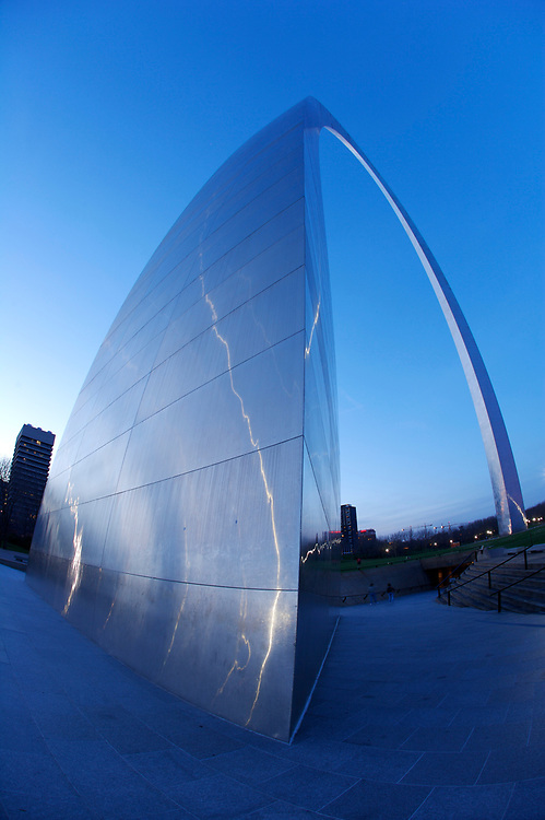 The Gateway Arch in St. Louis, Missouri.  At 630 feet, this is the tallest monument in the United States.