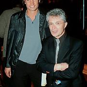 Uitreiking Populariteitsprijs 1998, Jacques d'Ancona en Oscar Moens keeper van AZ