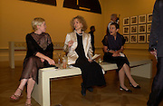 Alice Lodge,  Dana Ruscha and Jan Sharp. Royal Academy Annual dinner to celebrate the opening of the Summer exhibition. Royal Academy. Piccadilly. London. 1 June 2005.  ONE TIME USE ONLY - DO NOT ARCHIVE  © Copyright Photograph by Dafydd Jones 66 Stockwell Park Rd. London SW9 0DA Tel 020 7733 0108 www.dafjones.com