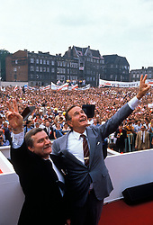 Jul 07, 1988; Washington, DC, USA; GEORGE H. W. BUSH (L) and DAN QUAYLE campaigning for President and Vice-President of the United States in the 1988 presidential elections.  (Credit Image: © Arthur Grace/ZUMAPRESS.com)