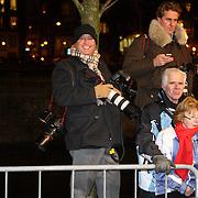 NLD/Amsterdam/20080201 - Verjaardagsfeest Koninging Beatrix en prinses Margriet, fotografen Reni van Maren en Edwin Smulders