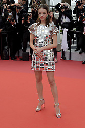 May 22, 2019 - Cannes, France - 72nd Cannes Film Festival 2019, Red Carpet film : 'Oh Mercy! (Roubaix, Une Lumiere)'.Pictured: Stacy Martin (Credit Image: © Alberto Terenghi/IPA via ZUMA Press)