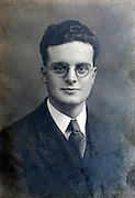 1930s formal portrait of English young male person