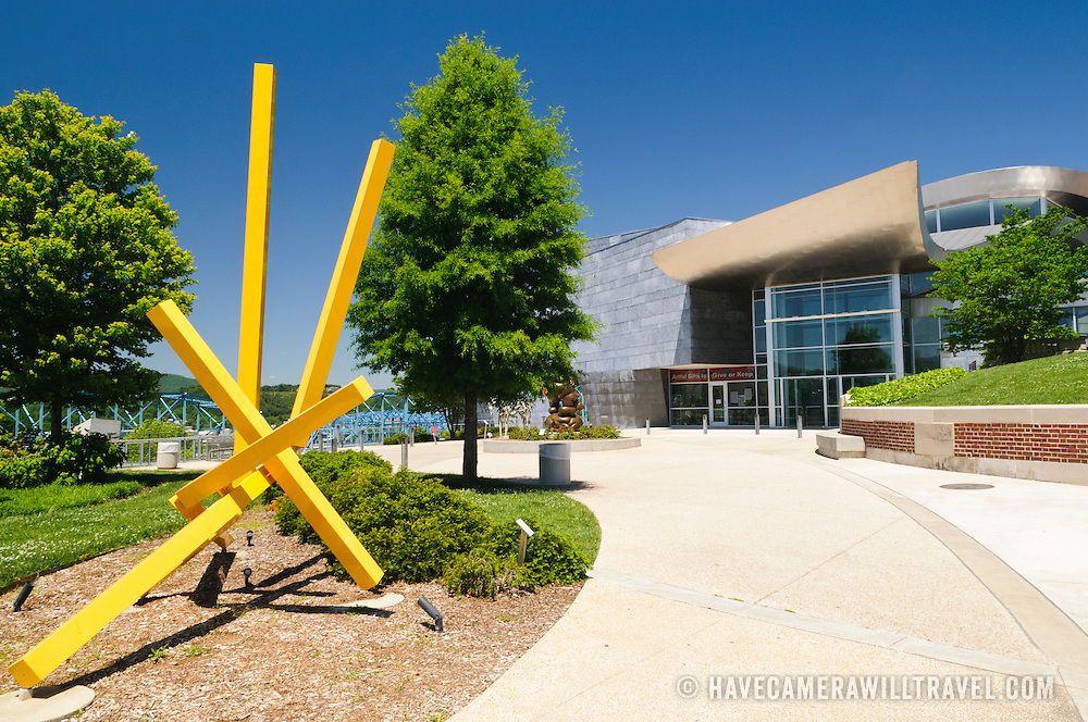 Sculptures in the grounds of the Hunter Museum of American Art in Chattanooga Tennessee